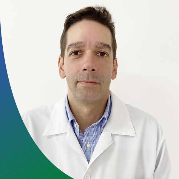 Dr. Renato Vicente Alves